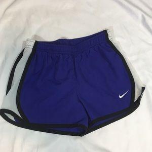 Nike Girls Tempo Running Shorts Size 6 Purple